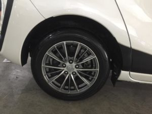 Toyota Sienta 1.5A X full